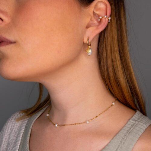 moderne Perlenkette gold