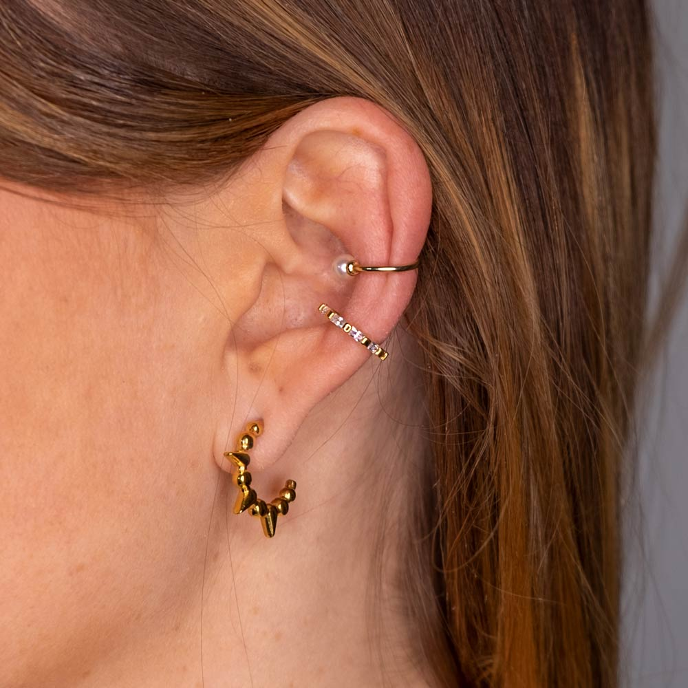 Ohrring Und Ear Cuff Gold